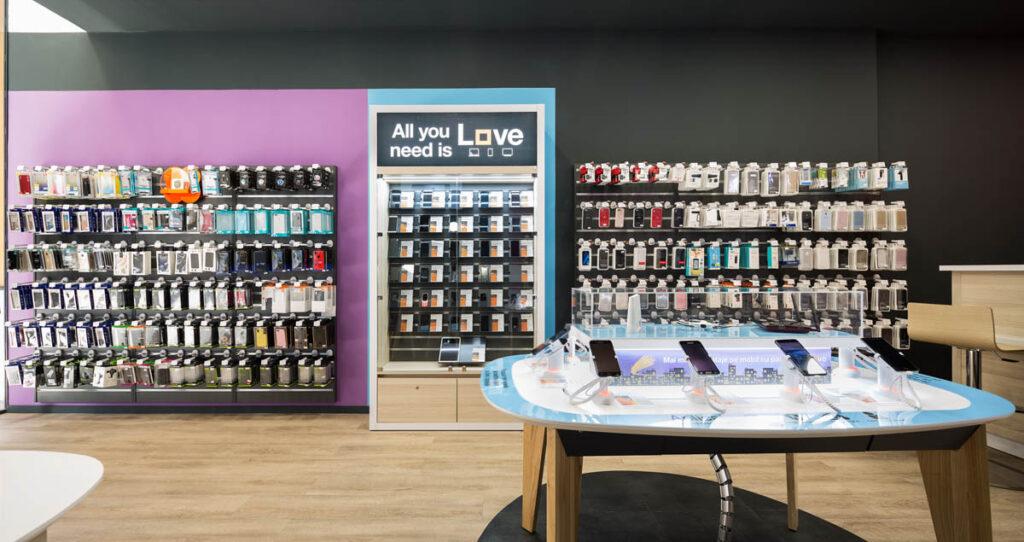 עיצוב חנות סלולר ואביזרים
